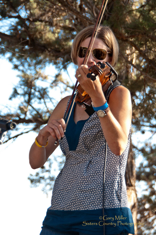 High & Dry Bluegrass Festival 2010 - Gary Miller - Sisters Country Photography