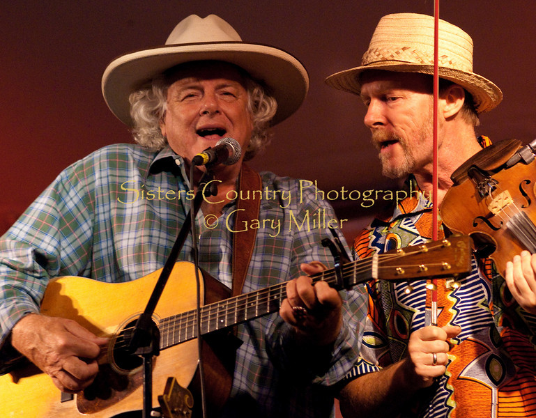 Peter Rowan sings with the Alison Brown Quartet and  Joe Craven at the 2009 Sisters Folk Festival. Photo Credit: Gary Miller