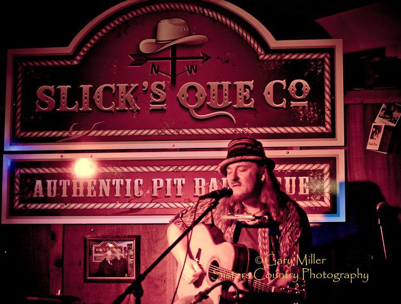 Niki Leeman performs at Slick's Que Co. stage during the 2011 Sisters Folk Festival - Photo by Gary N. Miller - Sisters Country Photography