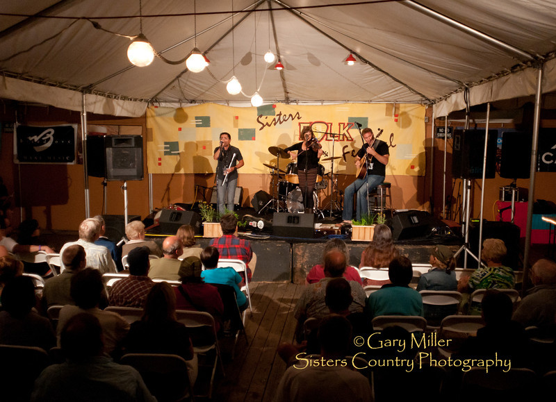 Hanz Araki Band performs at Bronco BIlly's during the 2011 Sisters Folk Festival - Photo by Gary N. Miller - Sisters Country Photography
