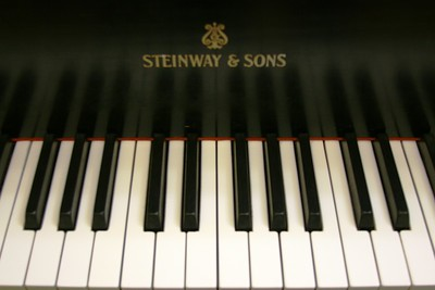 steinway keys 275