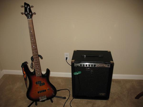 Behringer Ultrabass BX600 Bass Amplifier
