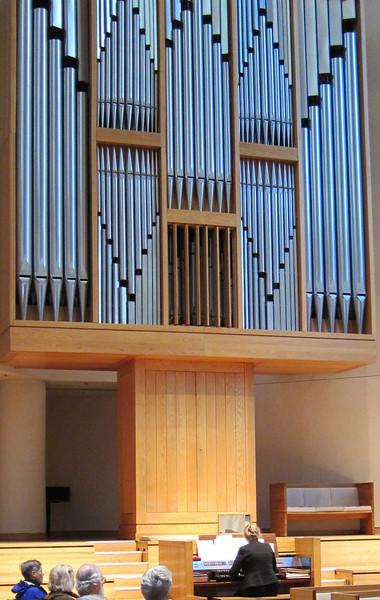 xGwendolyn Toth, organ recital_2013-02-21 003