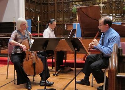 xGenser Trio_2011-11-30_019_performing Beethoven