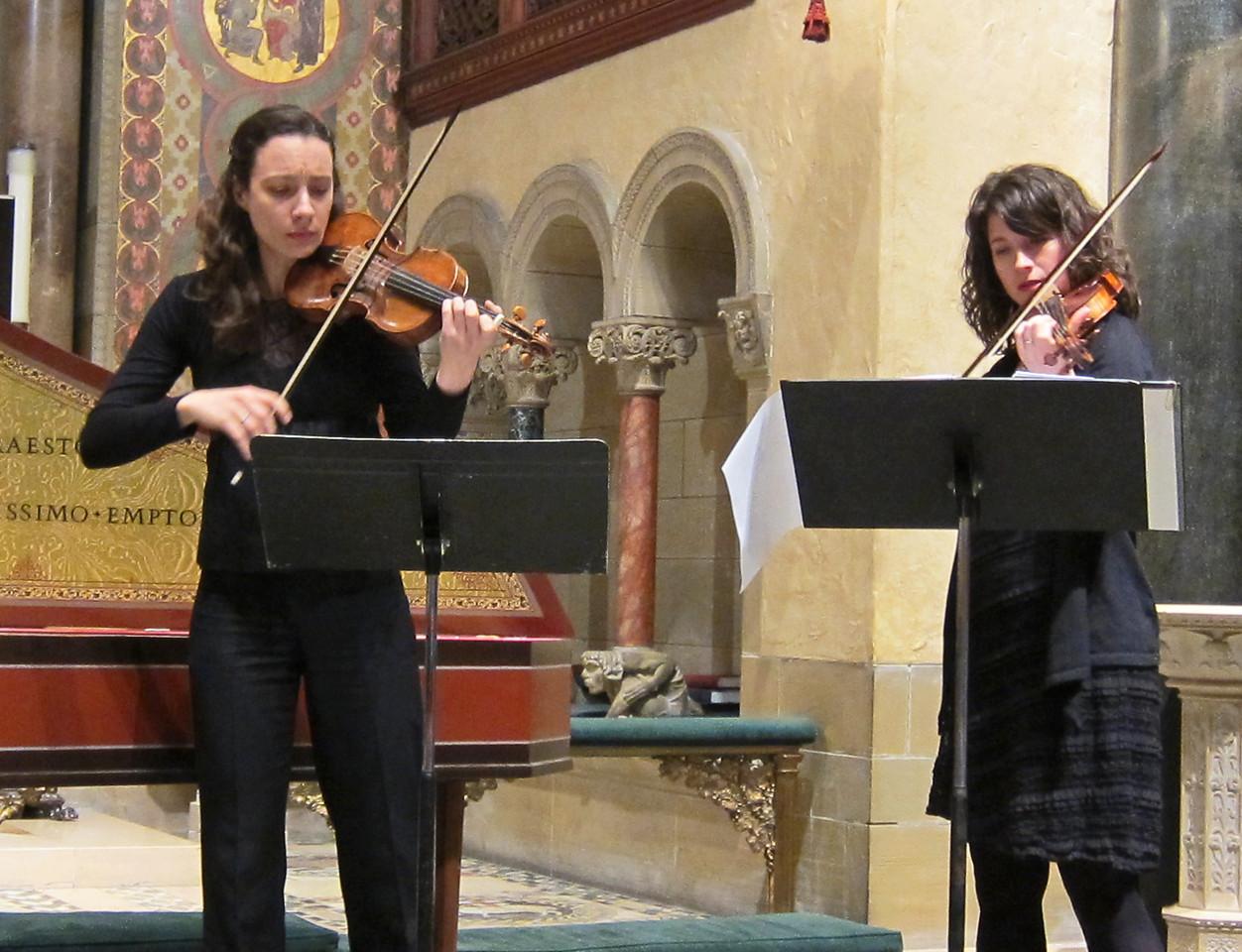 xSiren Baroque_2014-02-20_Women All-Stars of the Baroque II_4944_Liv and Antonia