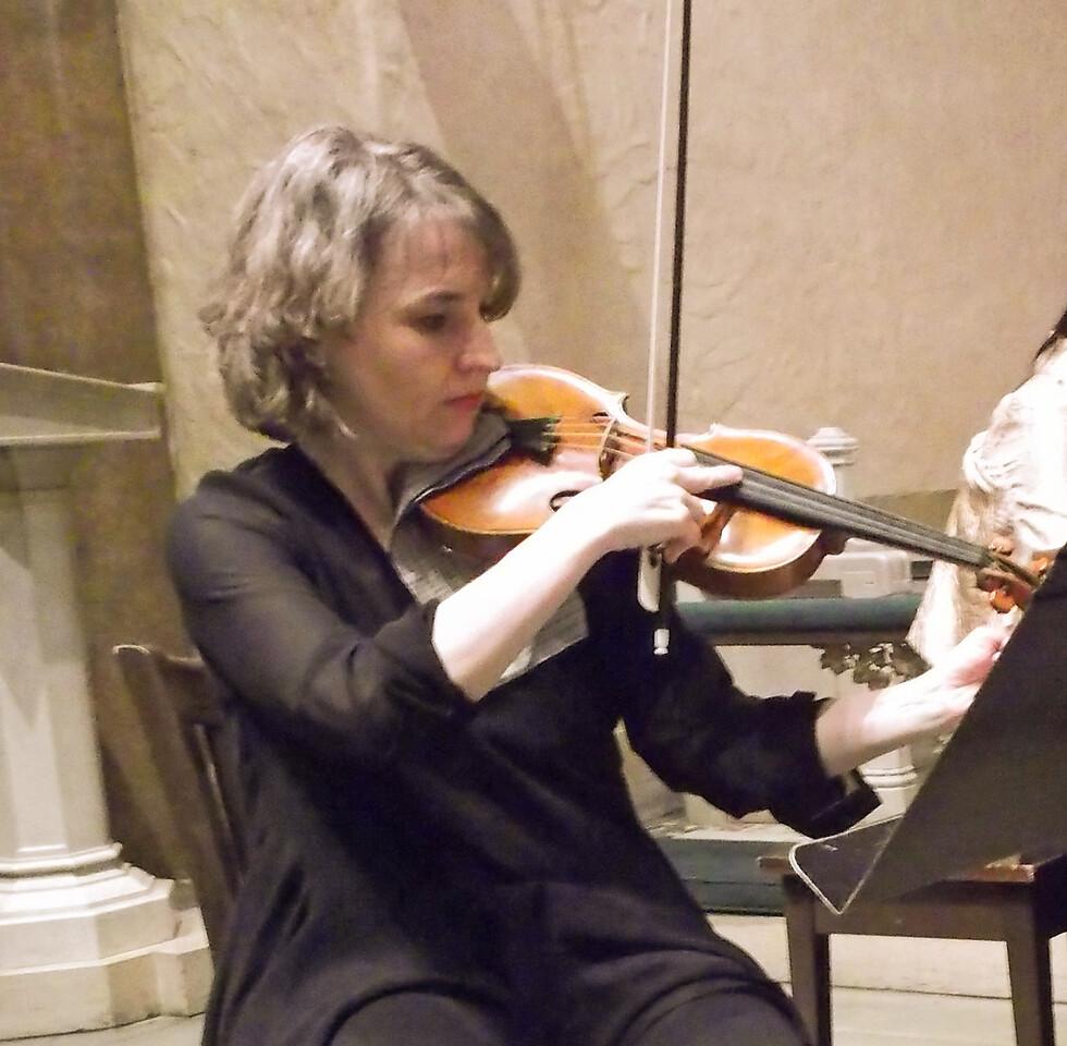 x2015-02-12_Trio Pasqualati_Midtown Concerts_DSCF0344_Theresa