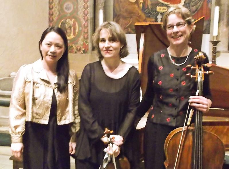 x2015-02-12_Trio Pasqualati_Midtown Concerts_DSCF0353_Yi Heng, Theresa, Lindy