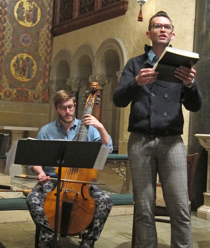 xThe Broken Consort_2016-05-05_Midtown Concerts_ (2)_Niccolo and Christopher performing