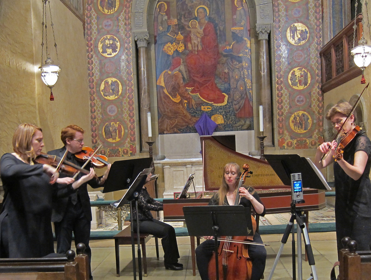 x2017-03-23_The Queens Consort_Midtown Concerts (7)_tutti