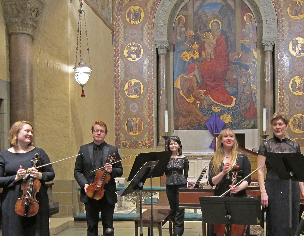 x2017-03-23_The Queens Consort_Midtown Concerts (11)_final bow