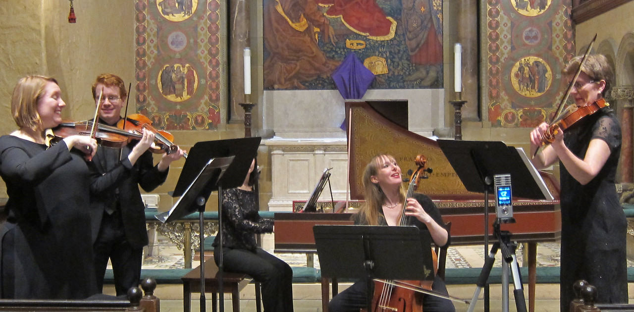 x2017-03-23_The Queens Consort_Midtown Concerts (8)_tutti, all smiles