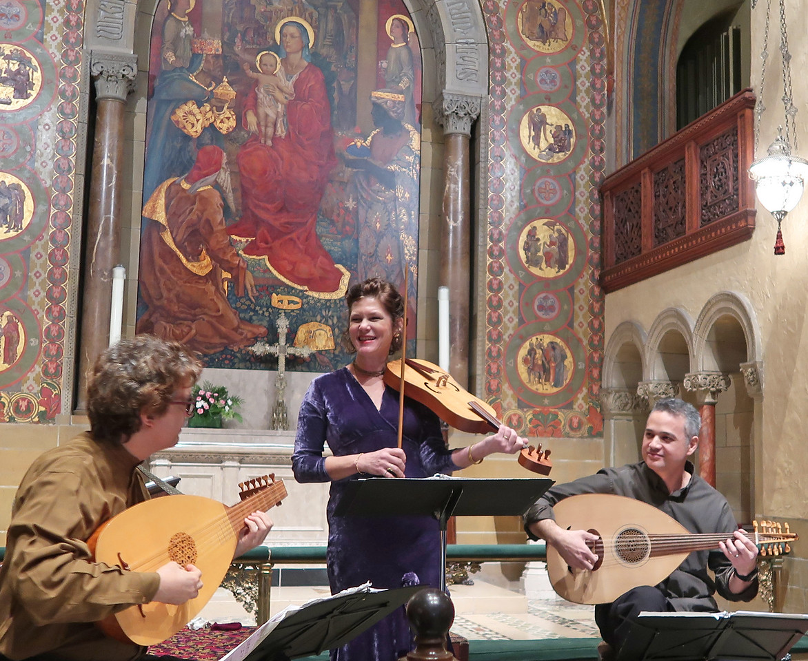 x2018-01-18_ALBA Consort_Midtown Concerts (8)_Christopher, Margo, Carlo