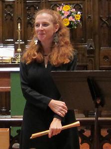 Ellen Delahanty, Gwen Toth, Daphna Mor_2011-10-26 005_Daphna receives applause