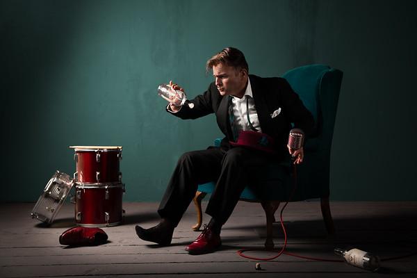 Swing Singer, Peter Petty