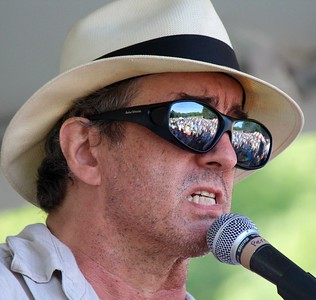 16.09.03 James McMurtry at Savage Oakes Vineyard