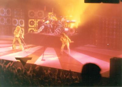 David Lee Roth, Eddie Van Halen, Asheville, NC 1983