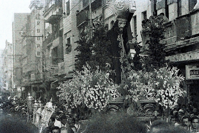 Procession in the streets of Recife. 1968