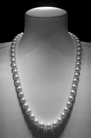 """Pearls"" New York City  photography by: Elizabeth Christopher © 2010"