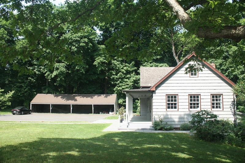 Matinecock Friends meeting house, Locust Valley, originally built in 1725.