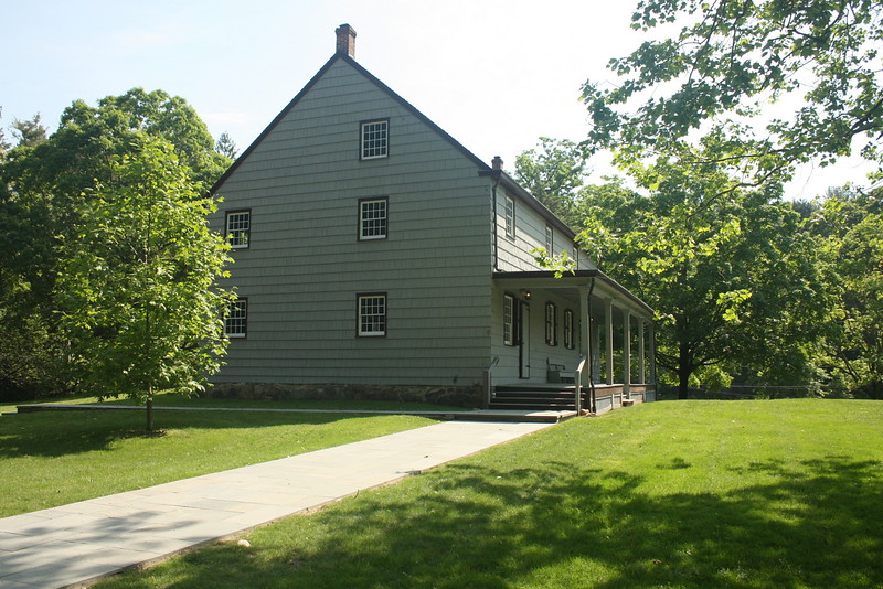 Matinecock Friends meetinghouse