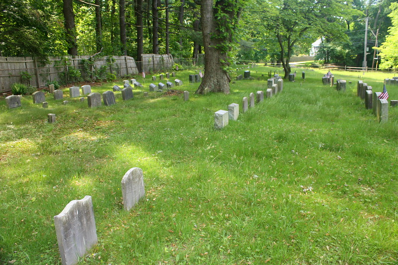 Matinecock Friends burial ground, Locust Valley