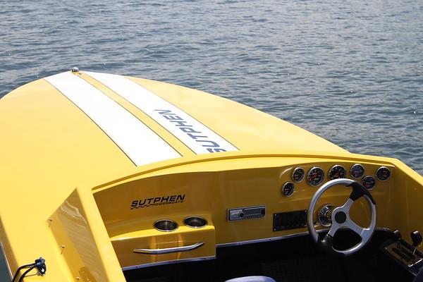 Sutphen Powerboat demo at Lake Joe Club