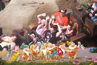205-PhotoPass_Visiting_Magic_Kingdom_Park_7147692368