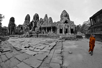 The two bonzes in Angkor