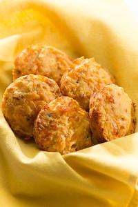 Bacon Cheddar Muffins