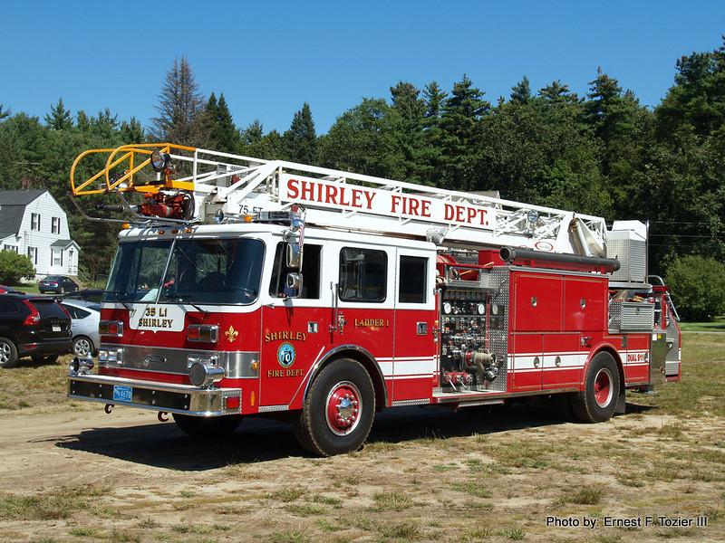 Shirley Ladder 1 - 1987 Pierce Arrow 1250/300 75' Rearmount Quint