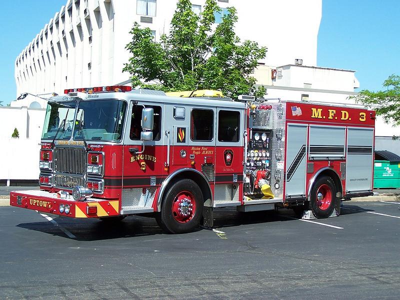 Meriden, CT 2010 Engine 3 - Seagrave Marauder II 1250/500