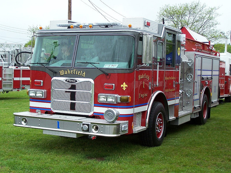 South Kingstown, RI Wakefield Union Fire District,  - 2011 Pierce Arrow XT 1250/750 (Photo #1)