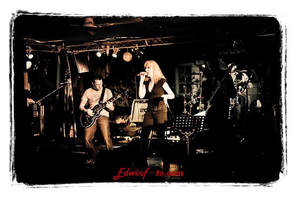 Tribute Bands Ravels Eel