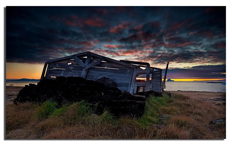 193. Old peat hut in Dundas village................