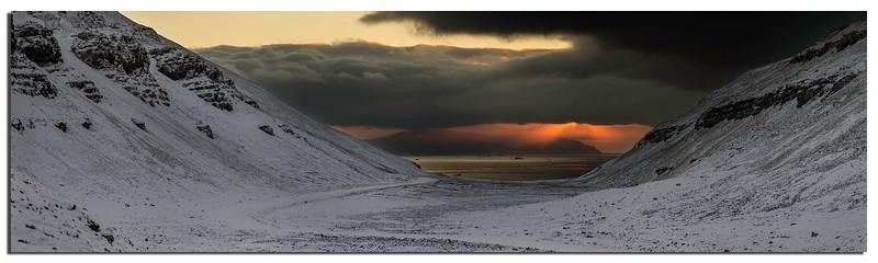 492. Sunset at Backbeach.............
