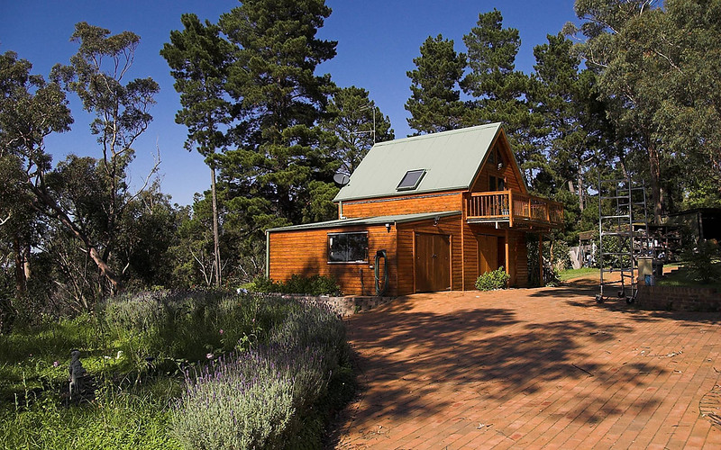 My range of Barns are designed on early Australian architectural styles and are right at home in the Australian bush.