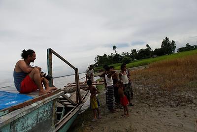 baS-0017-Boat Kurigram-07-2013