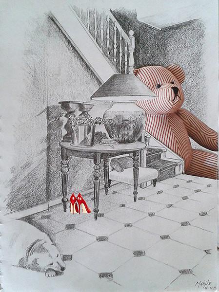 Hal met beer achter trap
