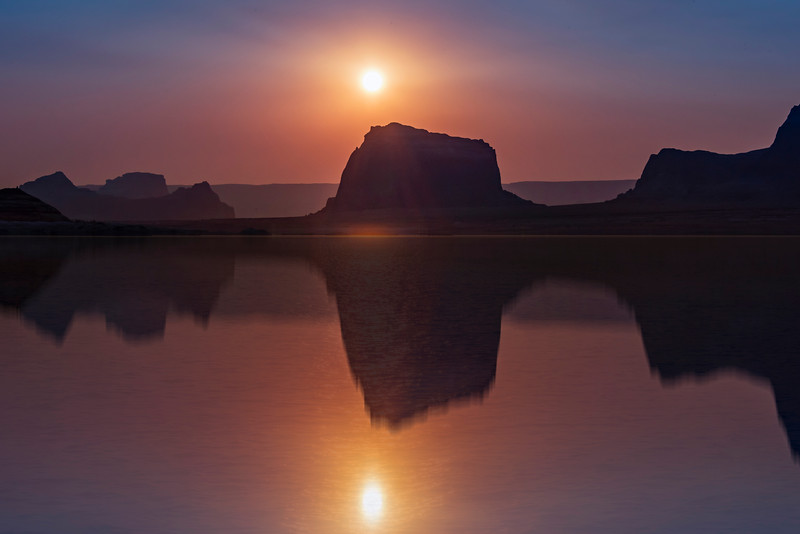 Sunrise on Lake Powell over Dominguez Butte (2018)