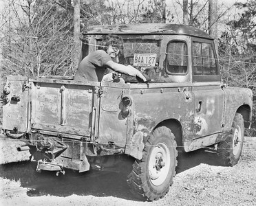 Removing paint from the 1967 SIIA pickup in 1976 - ex-Florida Land Rover used to pull a mower on the highways