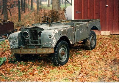 1954 Series I Land Rover with a very rusty frame