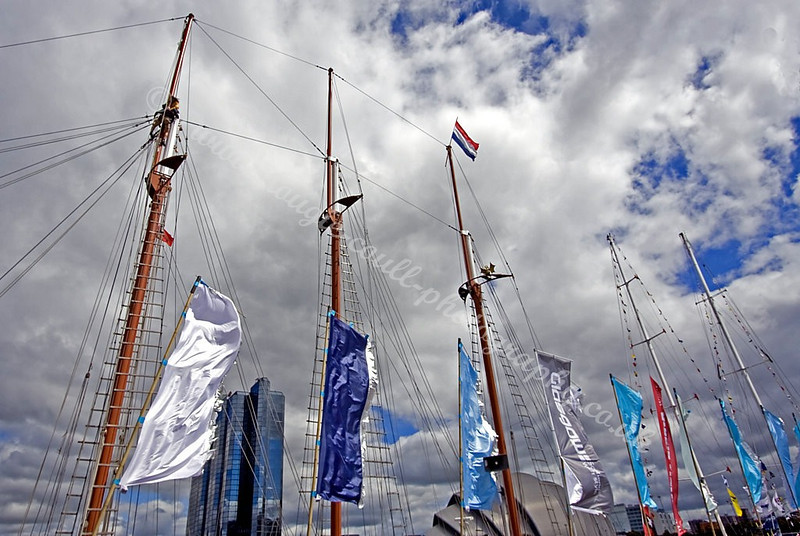 Masts & Banners