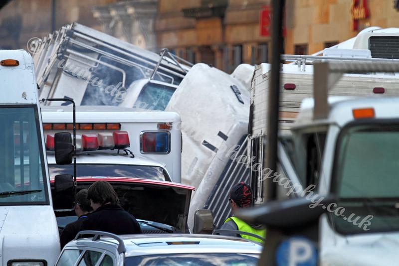 World War Z - Vehicle Carnage - 25 August 2011