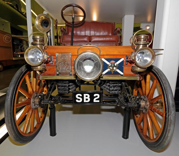 Vintage Car Display - Riverside Museum - 25 November 2011