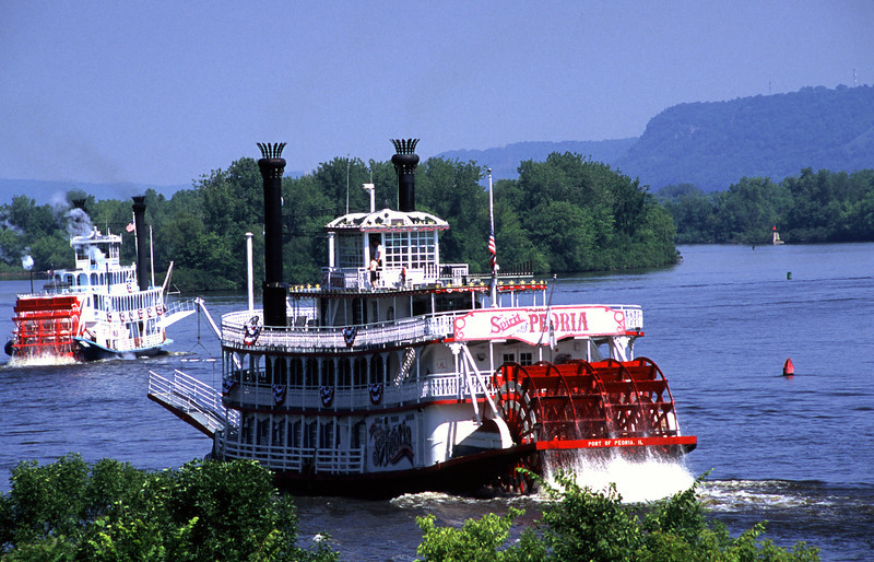 SE - Lake Pepin paddlewheelers - 03