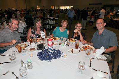 Banquet Tables 182215