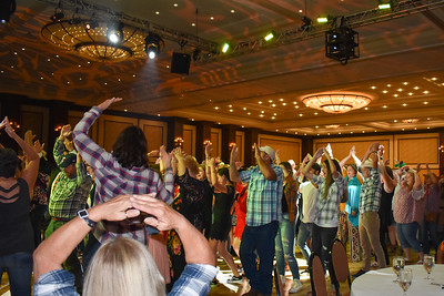 Banquet Dancing 200051