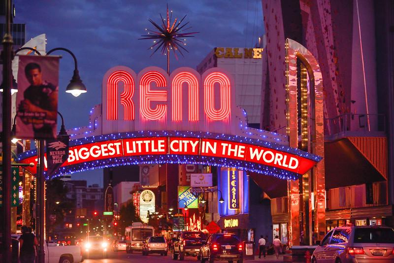 Reno Candids 221727