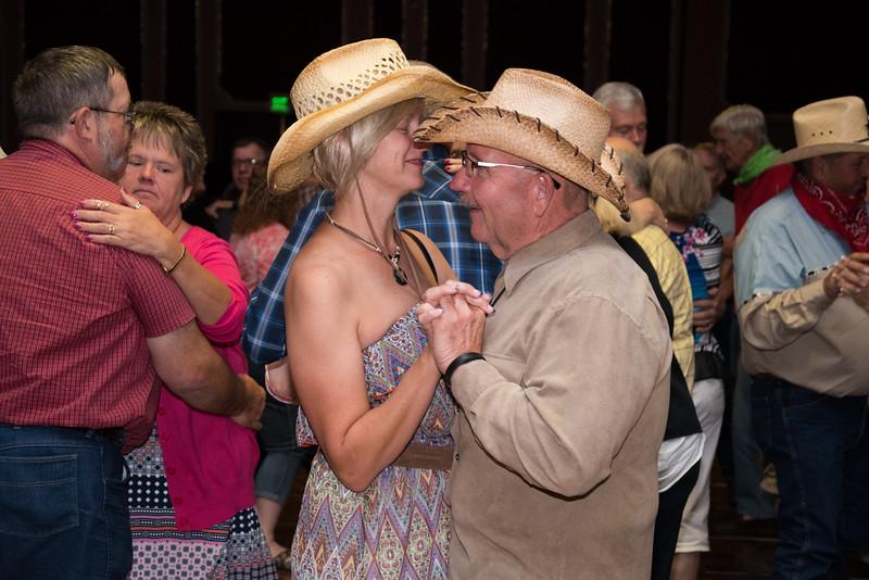 Banquet Dancing 200252