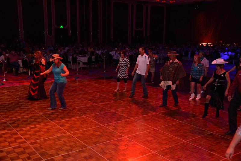 Banquet Dancing 203316